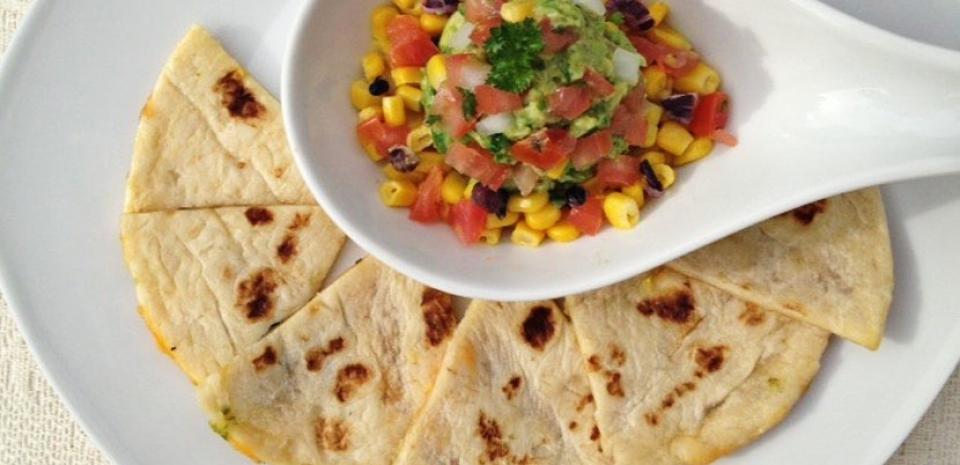 34 Tortillas with Avocado Salsa