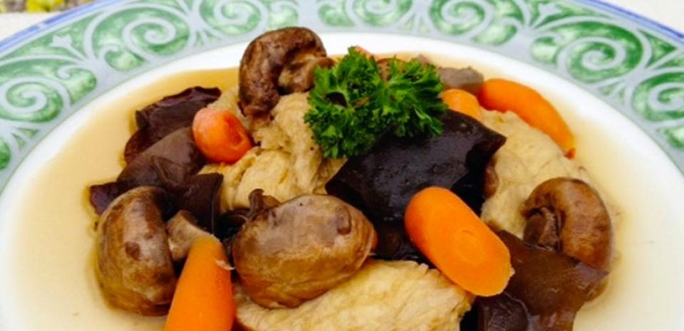 51 Braised Tofu Sheets and Black Fungus