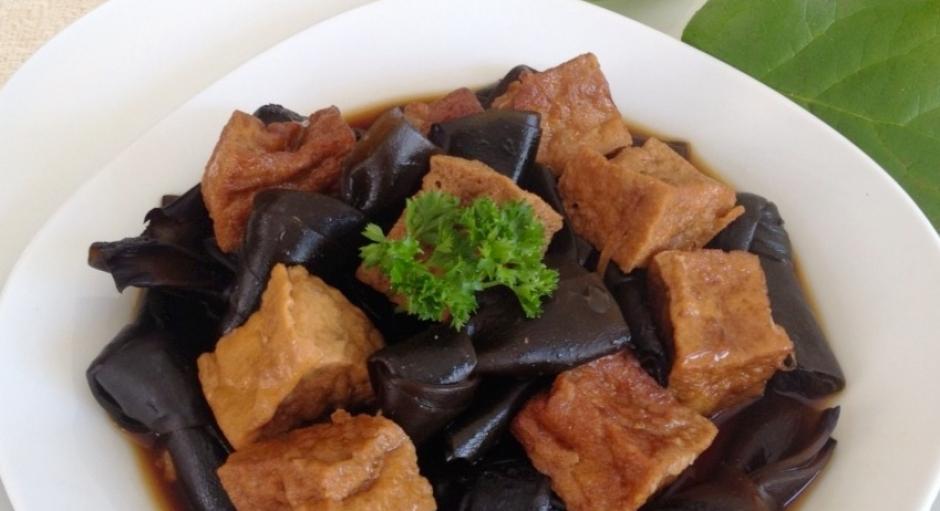 89 Braised Seaweed and Fried Tofu