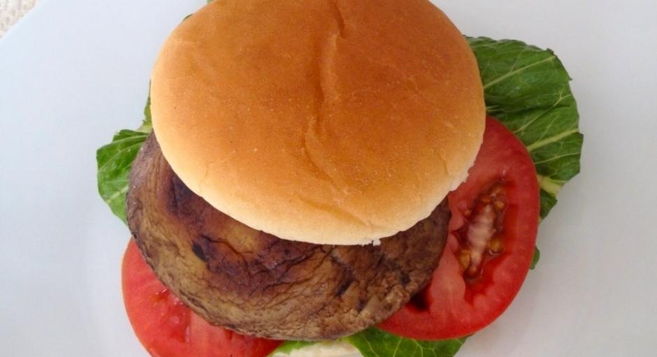 66 Portabella Veggie Burger * *