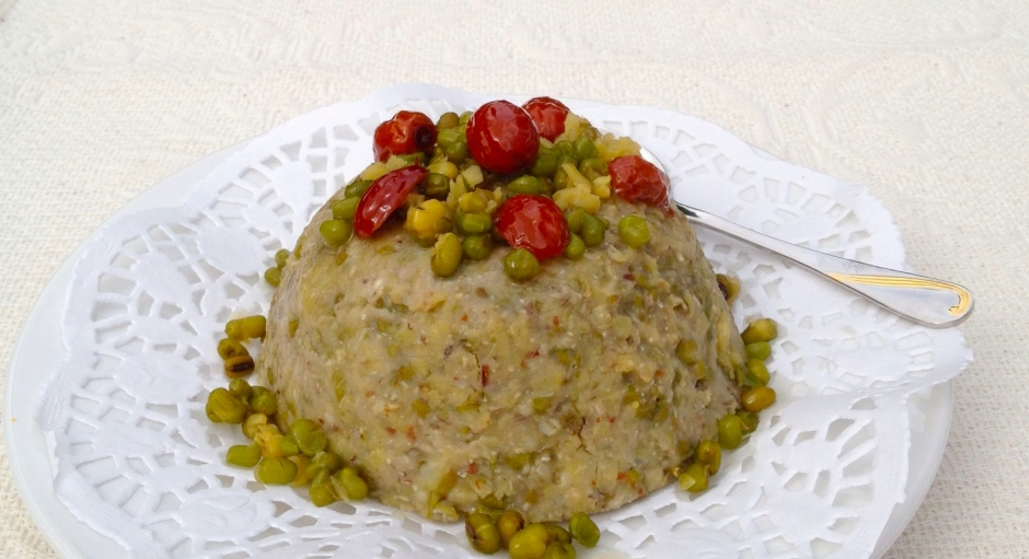 70 Steamed Mung Bean and Oatmeal Cake