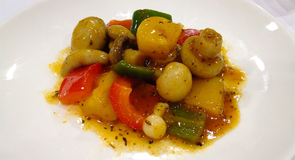306 Sweet and Sour Mushrooms, Bell Peppers, and Pineapple